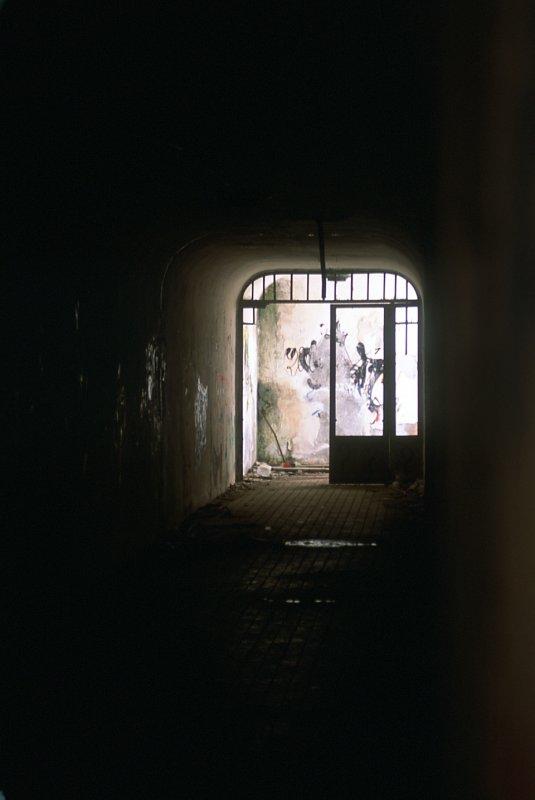 Passage sous les quais